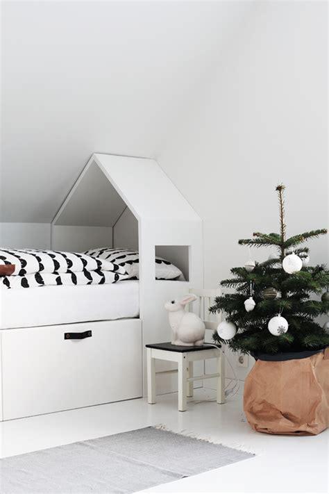 Kinderbett Mit Dach by Kinderbett Mit Hausdach Wohn Design