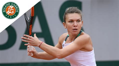 French Open 2017: Simona Halep and Jelena Ostapenko reach final - BBC Sport