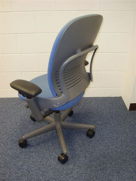 buy steelcase strafor leap operator chair associates