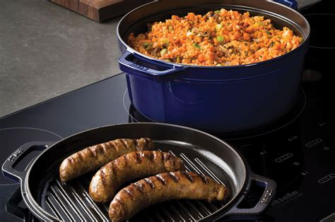 staub braise grill  dutch oven  grill pan lid