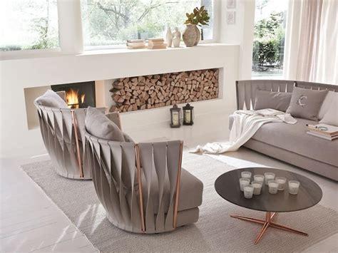 Poltrone Eleganti Moderne : Poltrona Moderna In Ferro, Imbottita In Gomma E Piume