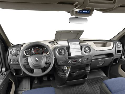 2011 Renault Master Officially Revealed