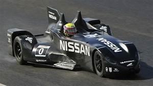 Le Delta Le Mans : nissan deltawing development on track for le mans ~ Dallasstarsshop.com Idées de Décoration
