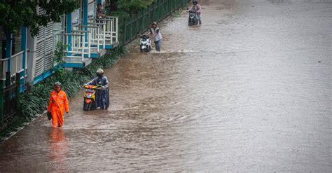 banjir jakarta  januari  pln padamkan  wilayah dki tirtoid