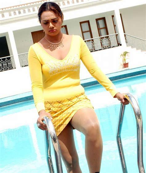 Blog12 Hot Actress Abhinaya Sri Spicy Photos