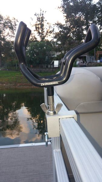Boat Grill For Rod Holder by 3 8 Quot Rod Holder Clip Pontoon Boat Rod Holder Fender Flag