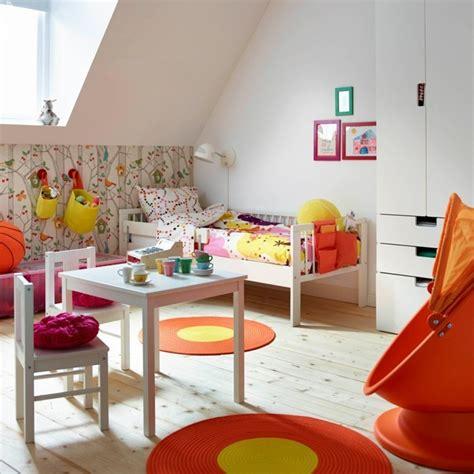 Einrichtung Kleiner Kuechefrisch Gefaerbte Kleine Kueche by Bunte M 246 Bel 30 Innendesign Ideen Mit Viel Farbe