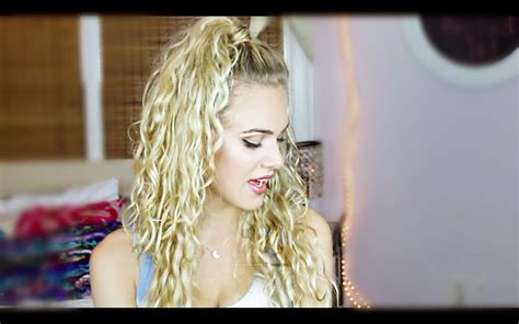 easy everyday curlywavy hairstyles youtube