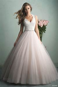 Top 30 most popular wedding dresses on wedding inspirasi for Popular wedding dresses