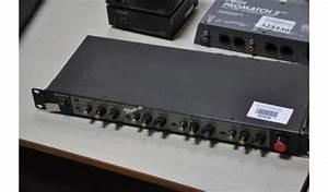 Audio Mixer Merk Sony Model Mu