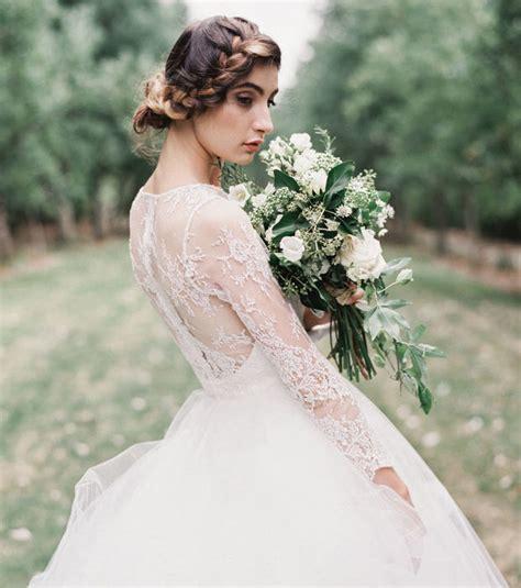 Suchen sie in stockfotos und lizenzfreien bildern zum thema hochzeitskleid von istock. Hochzeitskleider mit Spitze: freier Rücken, Vintage ...