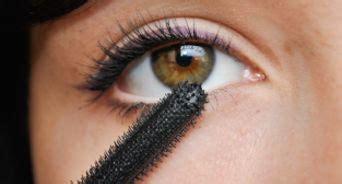 como maquillar los ojos de color pardo  pasos