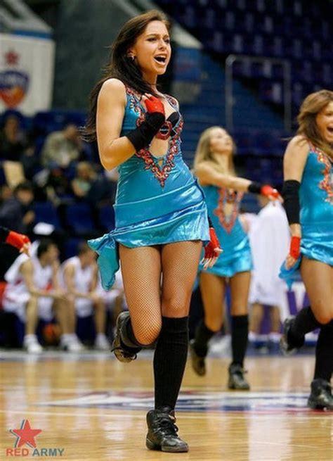 meet  beautiful cheerleaders xcitefunnet
