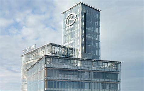 Rietumu Banka - банк для корпоративных и частных клиентов.