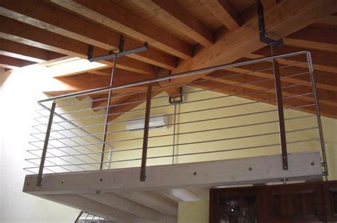 Ringhiera Soppalco by Eccellente Parapetto Per Soppalco Ur77 Pineglen