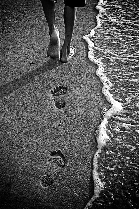 footprints love  tranquility   shot  fact