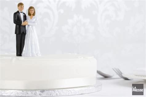 bureau de mariage comment annoncer mariage au boulot