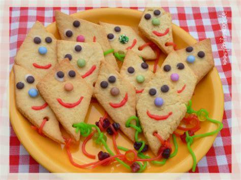 kindergeburtstag kindergarten essen drachenkekse rezept zum kekse backen im herbst