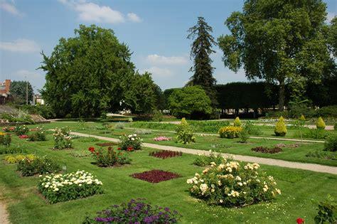 Fichierfrance Orleans Jardin Des Plantes 02jpg — Wikipédia