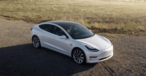 18+ Tesla 3 News Today Gif
