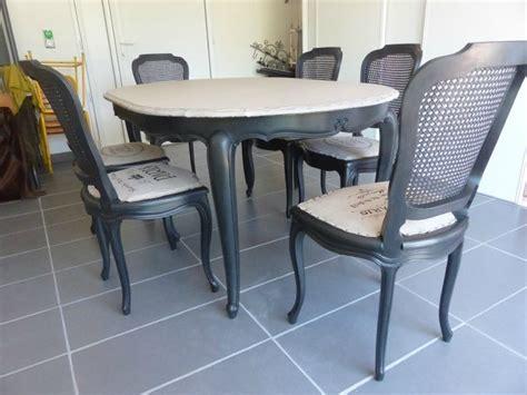 peindre chaise en bois les 25 meilleures idées de la catégorie meuble en merisier