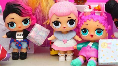 bonecas lol surpresa tem um festa de aniversario  os