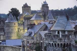 chateau homes flowersway voyages visite le château de fougères