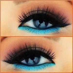 Bright Blue Eyeliner Tutorial