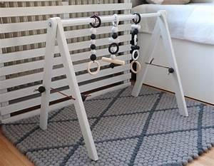 Baby Gym Holz : diy wooden baby gym babygym aus holz im skandinavischen design babygym skandinavisches ~ Watch28wear.com Haus und Dekorationen