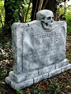 Deko Sarg Halloween : michael skaggs haunters hangout halloween autumn pinterest halloween halloween deko and ~ Markanthonyermac.com Haus und Dekorationen