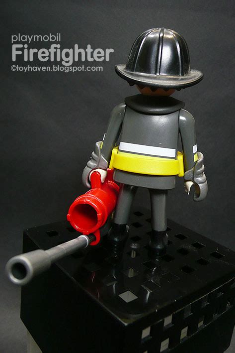 playmobil firefighters gear fdny firefighter fire turnout firefighting detailing reflective removable extinguisher gloves helmet tape belt yellow toyhaven