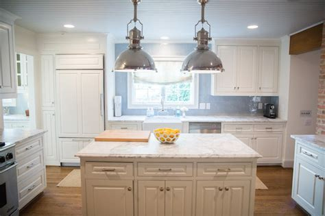 Raised Panel Kitchen Cabinets   Transitional   Kitchen