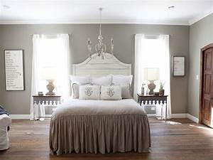Farmhouse Bedrooms Chip And Joanna Gaines Parents Chip