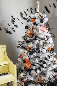 15 Halloween Tree DIY Decorations - How to Make a