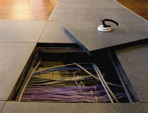 Pavimenti Galleggianti Per Uffici by Pavimenti Sopraelevati Pavimenti Galleggianti Per Uffici