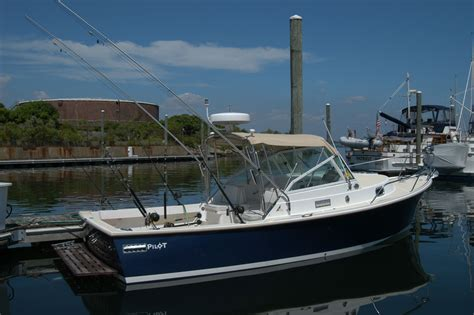 Boat Diesel Prices by Price Reduced 2006 Holby Marine Pilot 24 Downeast