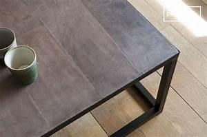 Table Basse Cuir : table basse en cuir rothmann style industriel atypique pib ~ Teatrodelosmanantiales.com Idées de Décoration