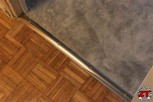 tuto installer une barre de seuil de porte With pose d une barre de seuil pour parquet
