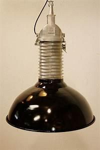 Lampe Suspension Industrielle : lampe suspension vintage industrielle de philips 1960s en vente sur pamono ~ Dallasstarsshop.com Idées de Décoration