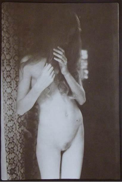 Hamilton David Nude