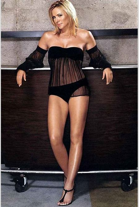 Republic of Angola (Xyami): Top Ten Sexy Women Over 40 years old - 1. Monica Belucci, 44. - 2 ...