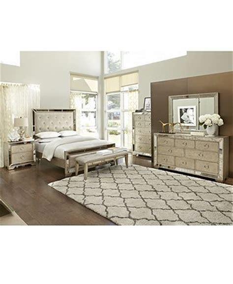ailey queen 3 pc bedroom set bed nightstand chest
