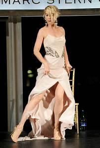 Jenna Elfman in Dizzy Feet Foundation's Celebration Of ...