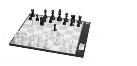 dgt centaur adaptive computer chess  epaper display