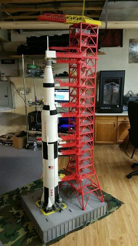 saturn  rocket  gantry dthursday dprinting