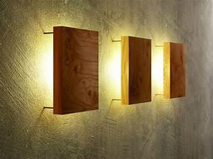 Moderne Wandleuchten Design : wandleuchte aus holz modern und einzigartig ~ Markanthonyermac.com Haus und Dekorationen