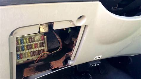 ford focus   fuse box location youtube