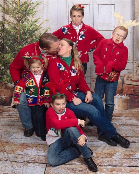 Awkward Vintage Christmas Family Photos