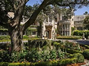 tudor style mansion om hillsborough ca luxurious homes With französischer balkon mit englische gärten rundreise