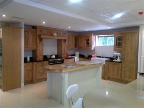 kitchen cabinets showroom displays for sale mcadam kitchens ex display solid oak inframe kitchen for